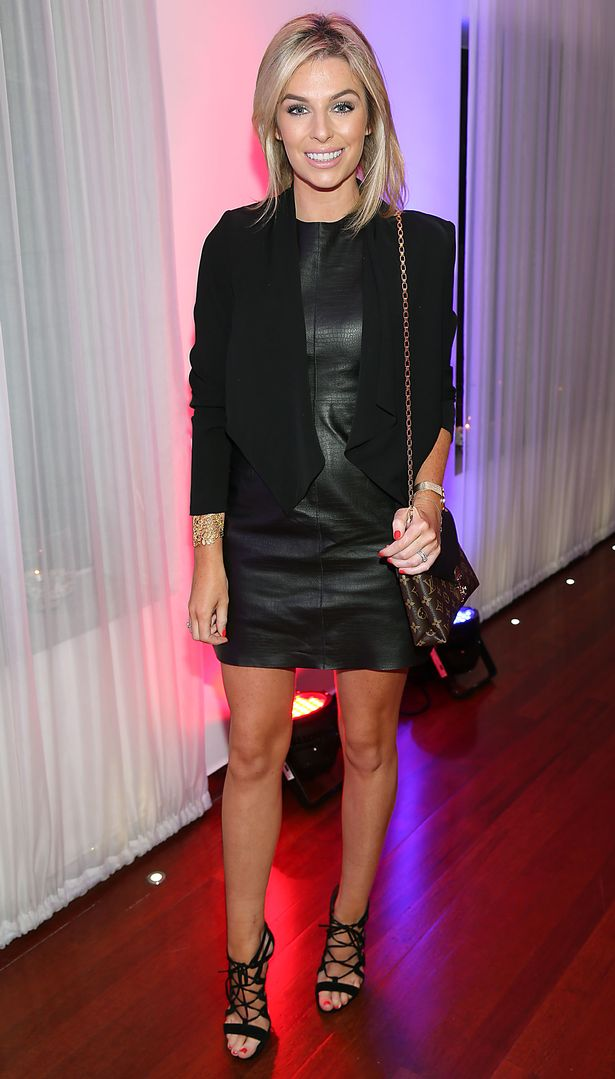 pippa-o-connor-poco-the-beauty-dial