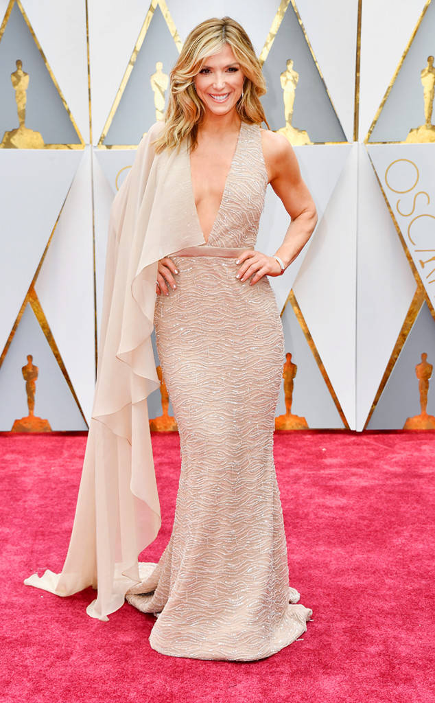 rs_634x1024-170226145103-600-academy-awards-oscars-2017-arrivals-debbie-matenopoulos