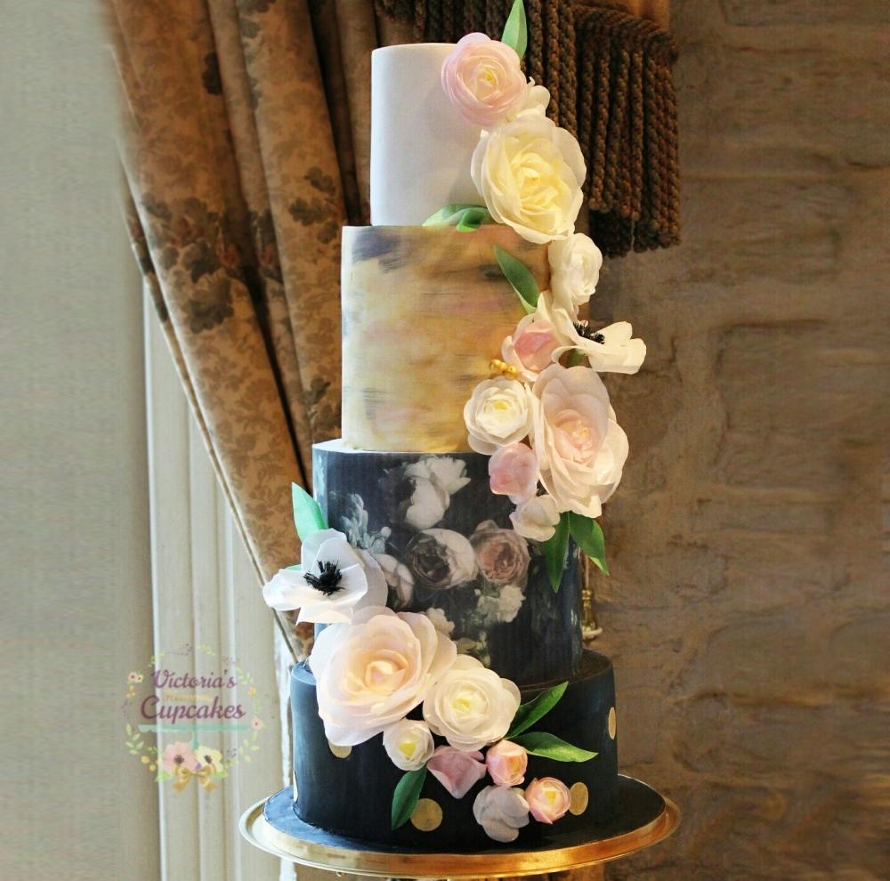 cake-wedding-3-tiers-floral-paper-flower-paintedhandmade-black-gold