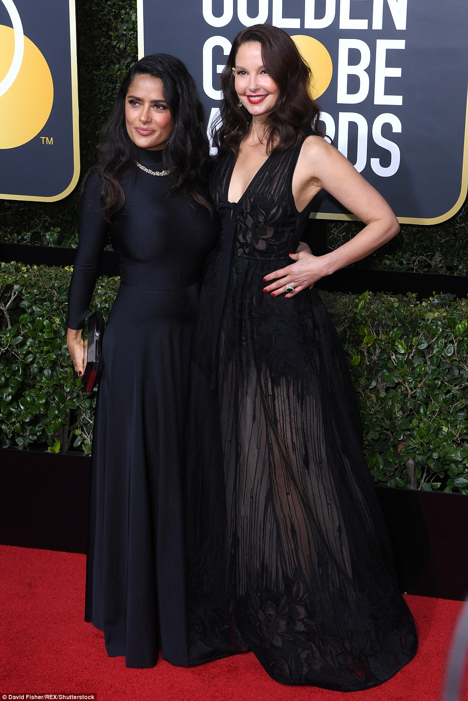 Salma Hayek and Ashley Judd Golden Globes The Beauty Dial